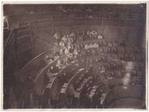 To the anatomy course of Professor Rainer in the anphitheater of the Faculty of Medicine in Bucharest (1927)